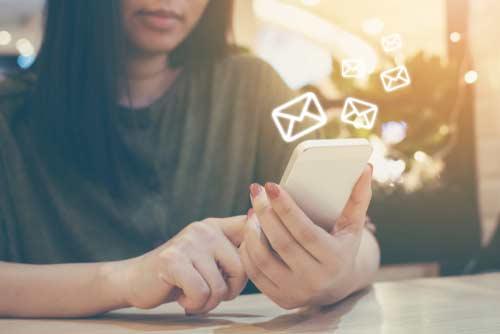 Espiar mensajes de WhatsApp 100% GRATIS con una iPhone Spy App