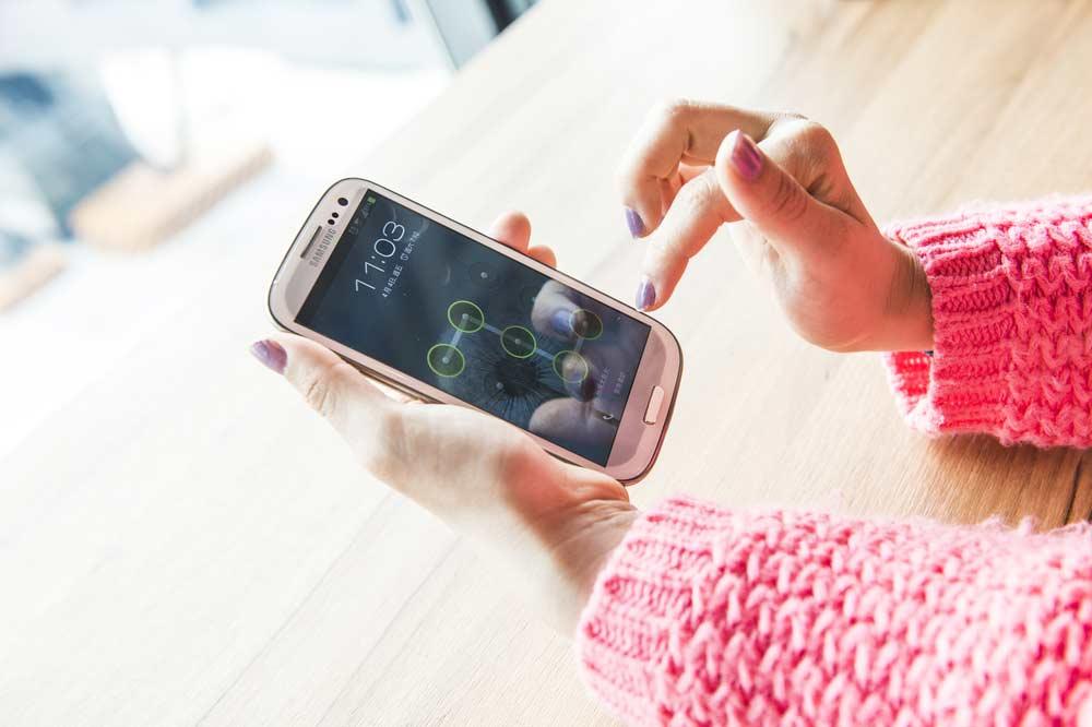espiar mensajes WhatsApp Android en un Samsung Galaxy S3